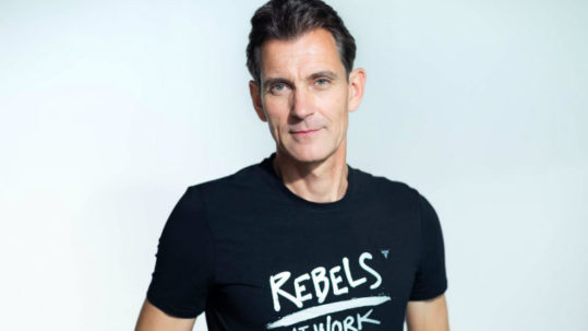 English: Interview with Peter Kreuz